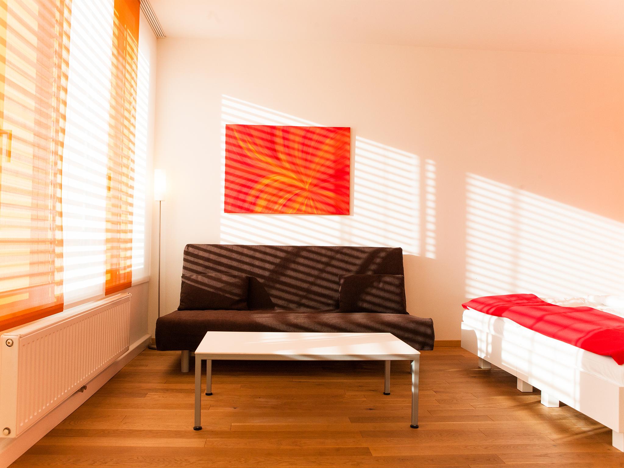 Apartment Feuer Wohnraum Hauptfoto